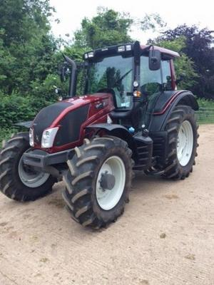 Valtra T602270A - 2013  N113H3 4WD Tractor