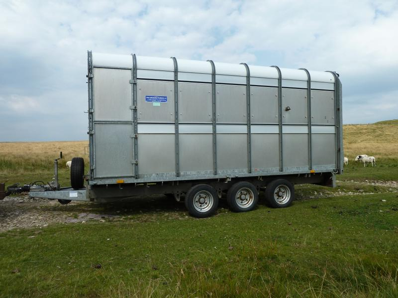 Ifor Williams DP120 14ft Tri-axle