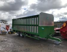 MCM 24ft  Demountable Livestock Trailer With Sheep Decks