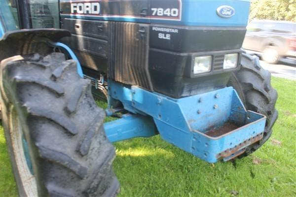Ford FORD 7840