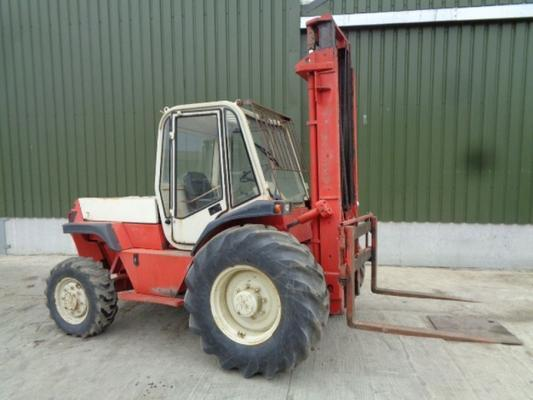 Manitou Used  M426 masted forklift