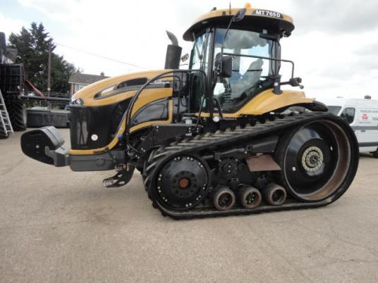 Challenger MT765D TRACK TRACTOR
