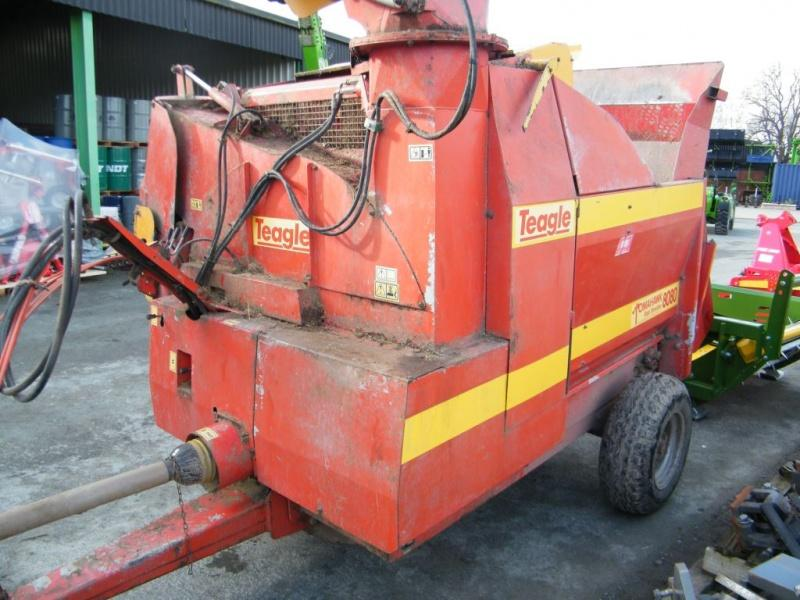 Teagle 8080TC twin chute cable controlled feeder bedder