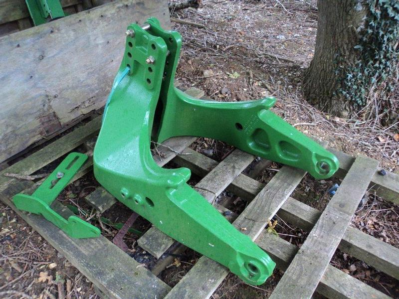 John Deere H Series Loader Brackets