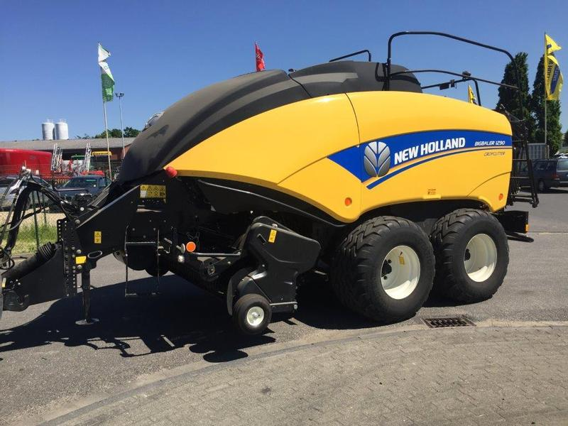 New Holland 1290 BigBaler