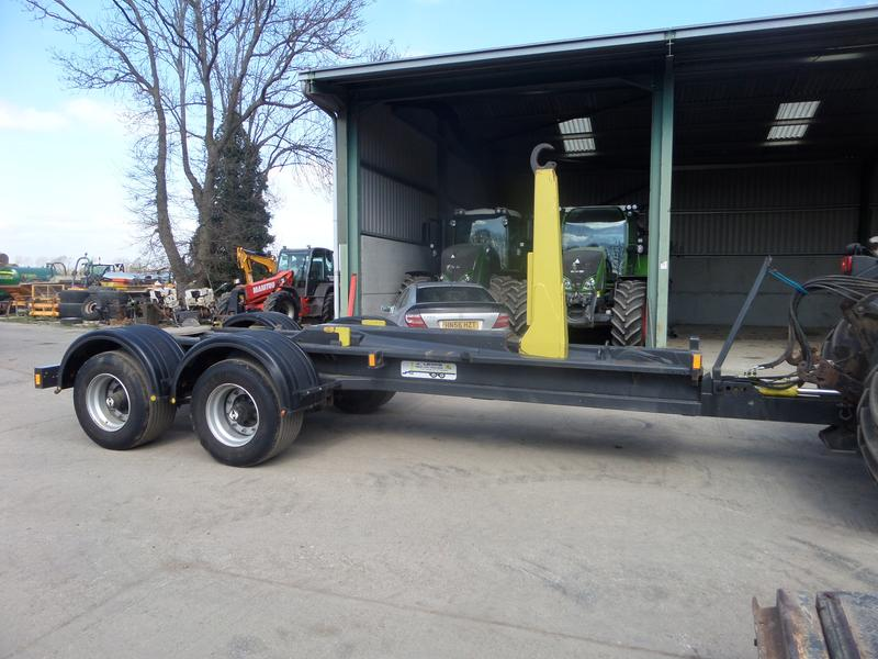 J.Lewis J LEWIS HOOK LIFT TRAILER