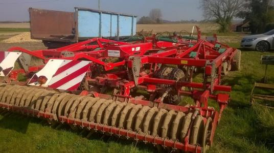 Kverneland CTC 4.5M TRAILED CULTIVATOR