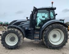 Valtra T214D Tractor 11021554 (IS)