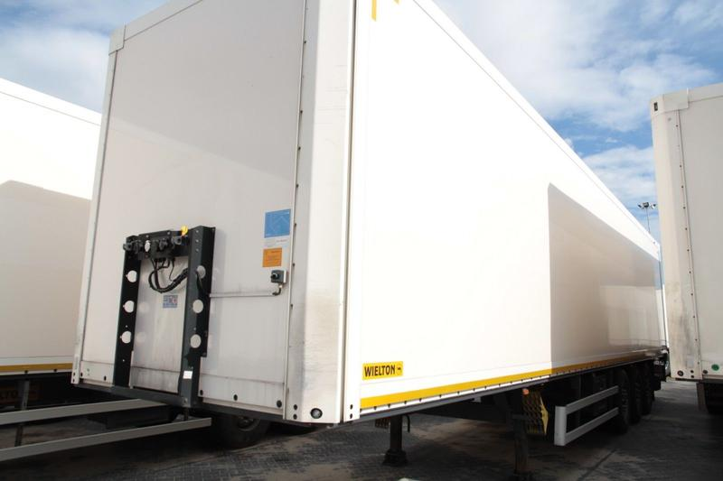 WIELTON NS34 KOFFER CONTAINER 10 UNITS