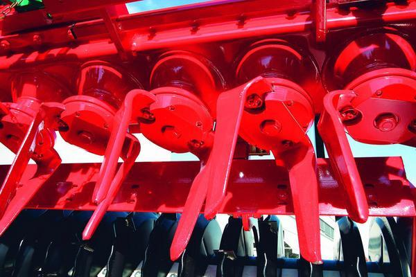 Other EX HIRE/DEMO KVERNELAND 4 METER NG-S POWER HARROW