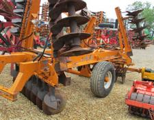 Simba MK2, 4.25 metre folding heavy offset disc harrow
