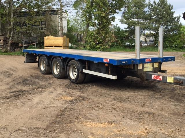 SDC TRI-AXLE FLAT bed draw bar trailer