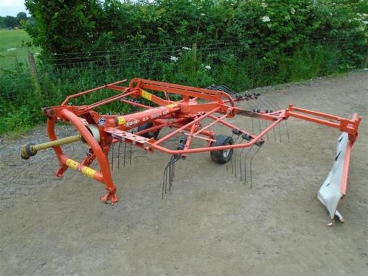 Kuhn  GA3201GM Rake For Sale