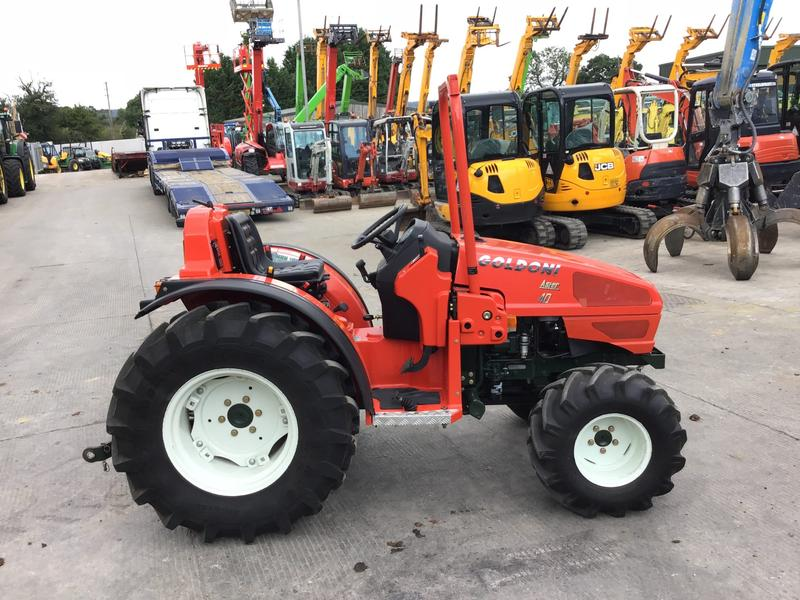 Goldoni ASTER 40 COMPACT TRACTOR