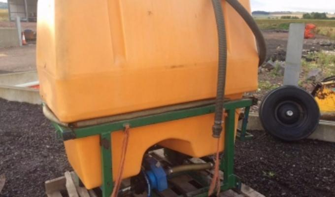 Other SPRAYER FRONT TANK 800LT