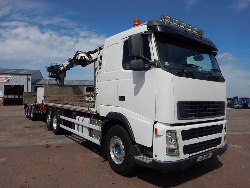Volvo FH 440 EURO 5, 6 X 2 DRAWBAR BRICK/CRANE AND TRAILER - 2008 - J2 HBP