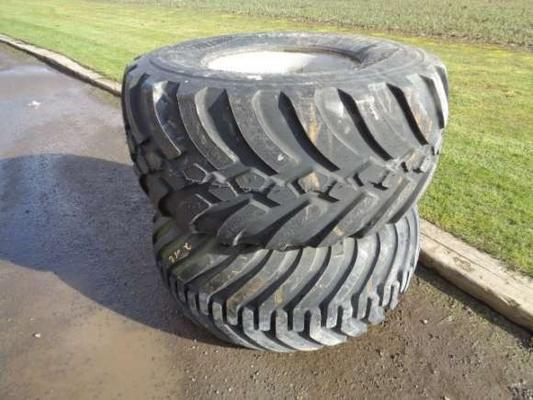New Pair of 560/60/22.5 Flotation Tyres
