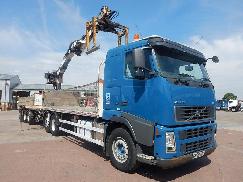 Volvo FH 440 EURO 5, 6 X 2 DRAWBAR BRICK/CRANE AND TRAILER - 2008 - GP08 HBP