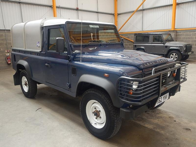 Land Rover DEFENDER 110 PICK UP - 2012 - YT62 YNV