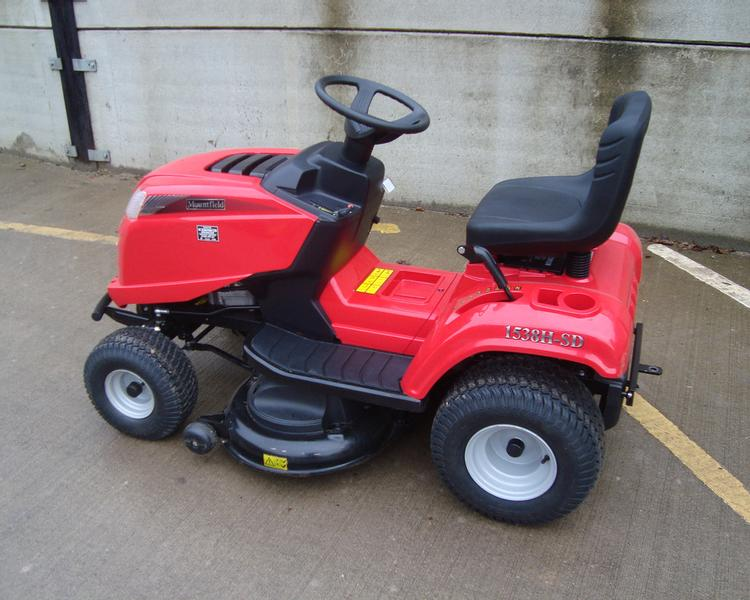 Mountfield 1530H Ride On Mower (JWA)