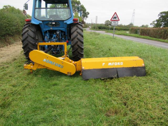 Bomford B323s Hydraulic Offset Flail Topper