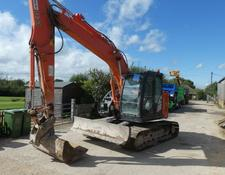 Hitachi ZX135US 5 WITH BLADE 2015