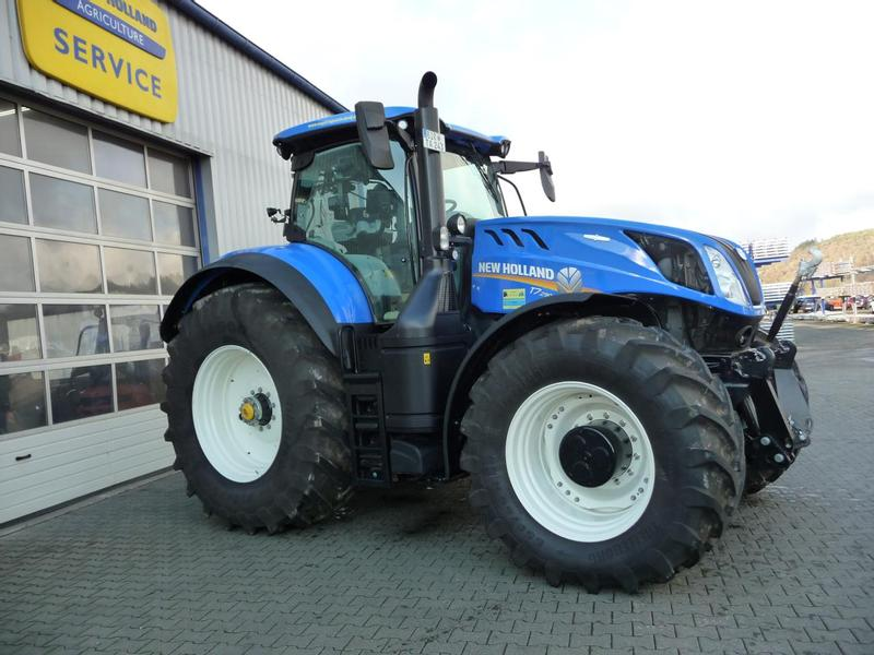 New Holland T7 290 AC MY 18 Tractors Used in 55624 Rhaunen