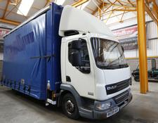 Daf LF45 7.5 TONNE CURTAINSIDE/BOX GLASS CARRIER - 2009 - RE09 AUX