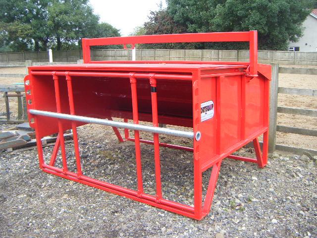 PORTEQUIP CALF CREEP FEEDER