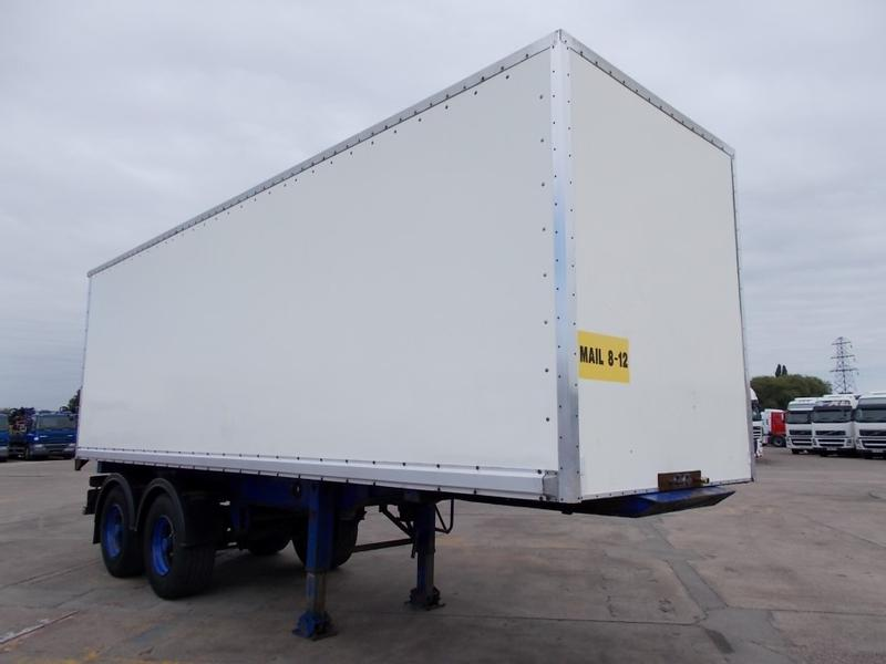 ASTRO 26FT TANDEM AXLE BOX TRAILER - 1990 - MAIL 8-12