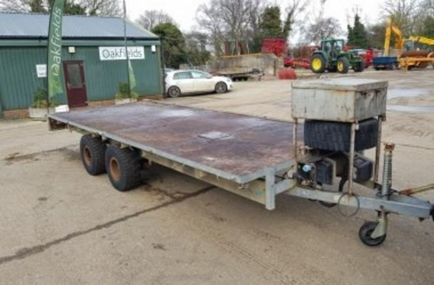 IFOR WILLIAMS 16' TANDEM AXLE TRAILER