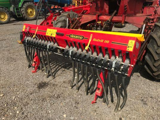 2010 used small seeder VADERSTAD BIO DRILL 180 d'occasion