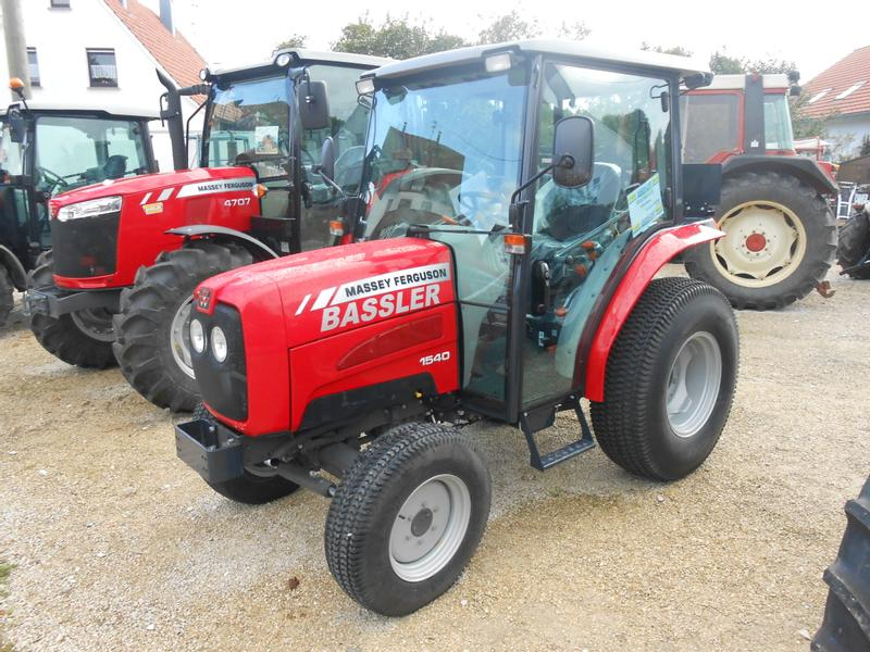 used massey ferguson municipal tractors for sale tractorpool co uk rh tractorpool co uk massey ferguson 1540 operators manual massey ferguson 1540 repair manual