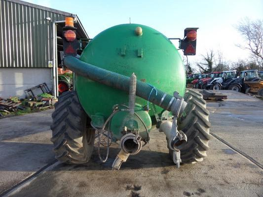 Major  1600 GALLON SLURRY TANKER