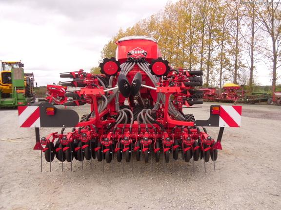 Kuhn Espro 4000 Pneumatic Seed Drill