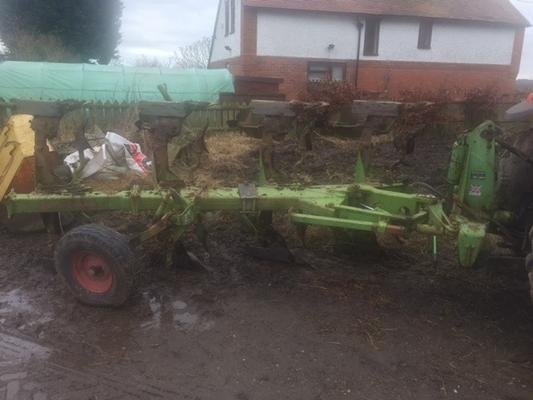Dowdeswell  DP100S Plough