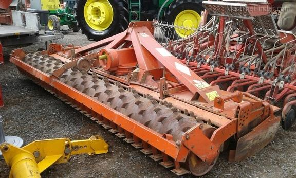 Kuhn HR4002 Power Harrow