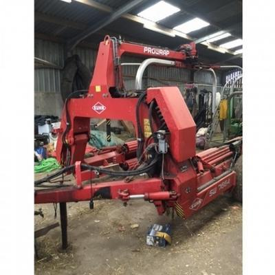 Kuhn  SW7664 TRAILED BALE WRAPPER