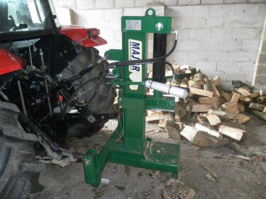 MAJOR LS3000 LOG SPLITTER