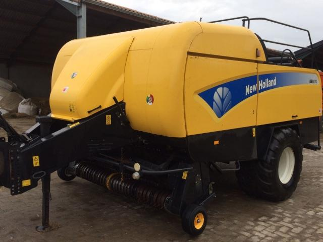 New Holland BB9070