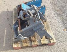New Holland Piton Hitch