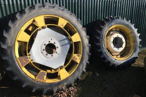 Case IH MAXXUM 145 NARROW WHEELS