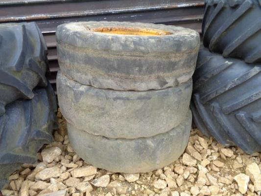 JCB Used 12-R24  wheels