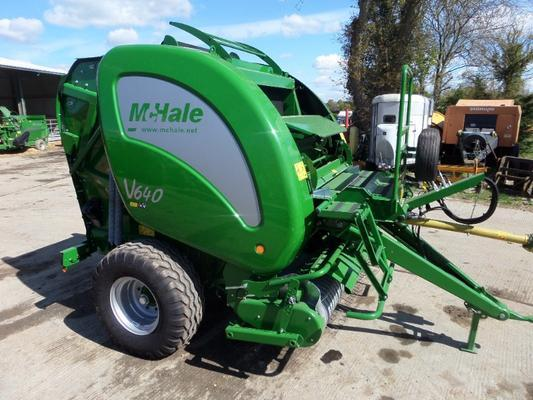 McHale  V640 VARIABLE CHAMBER ROUND BALER