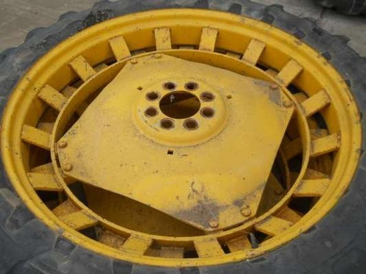 Michelin Used 230/95/44 Rowcrop Wheels