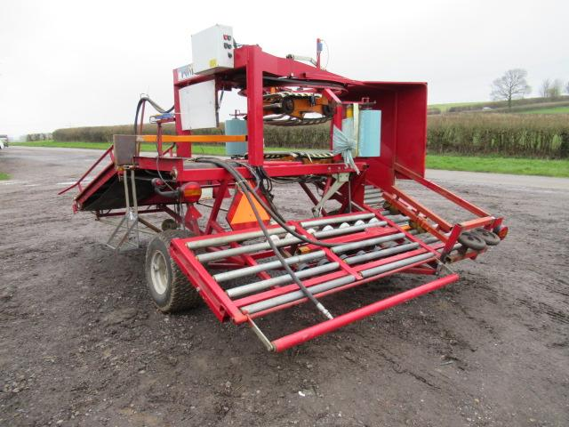 POMI Small Bale Wrapper