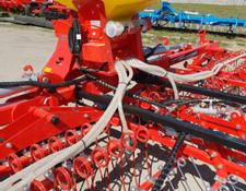 AWEMAK Weeder harrow  THOR BC 30 with pneumatic seed drill APV PS200 M1
