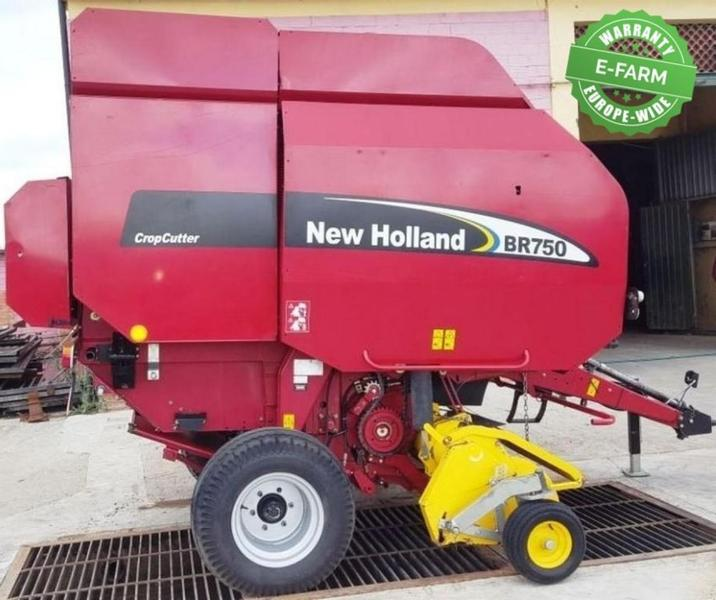 New Holland BR750 A CROP CUTTER