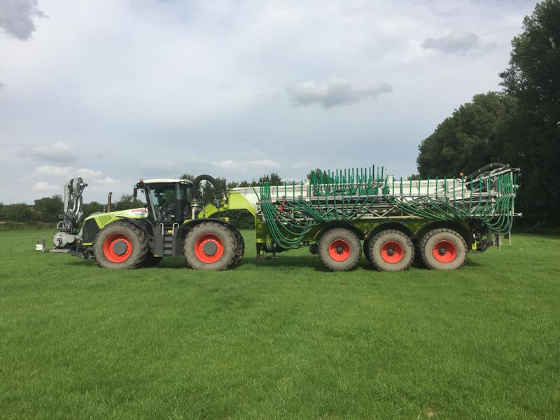 Claas Xerion Trac 5000