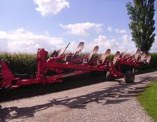 Kuhn Manager 7 Furrow Auto-Reset Plough